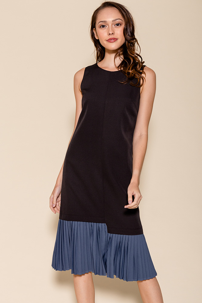 Hera Pleated Hem Midi Dress (Black/Stone Blue)