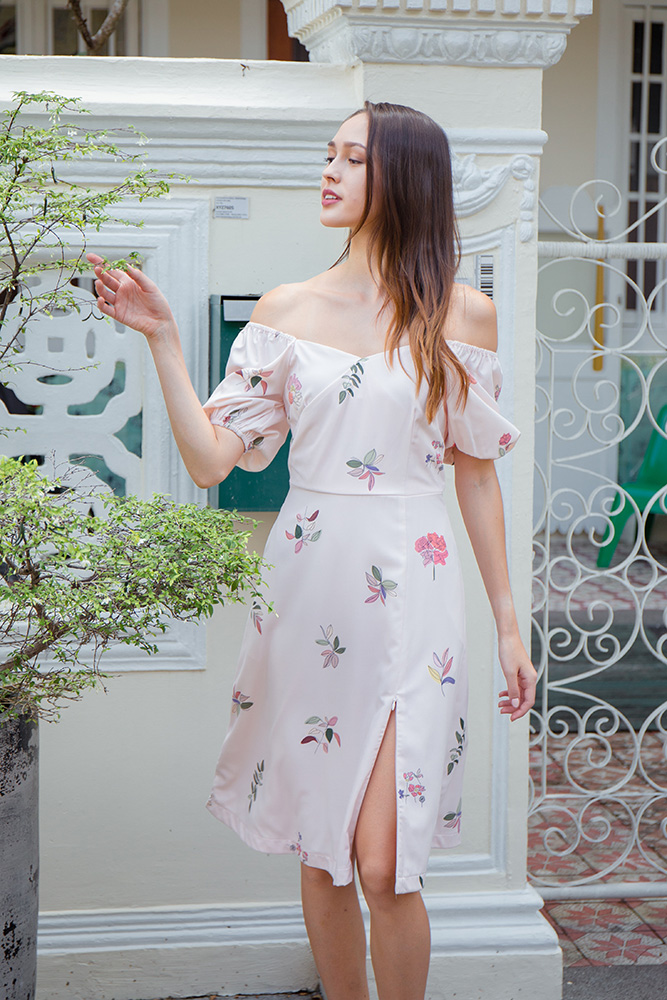 Falling Petals Off Shoulder Dress (Pink)