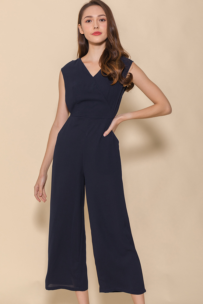 The Power Statement Jumpsuit (Navy)