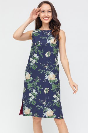 The Full Bloom Reversible Dress (Navy Floral/Wine)
