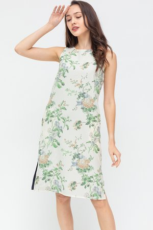 The Full Bloom Reversible Dress (Ivory Floral/Navy)