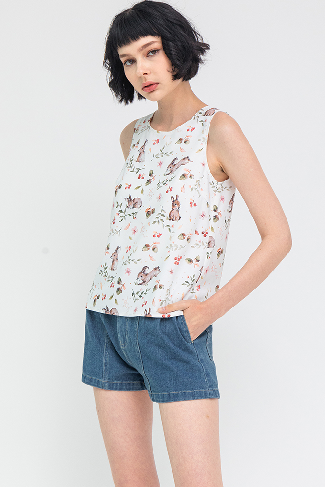 A Bunny's Tale Reversible Tank Top W Fabric Mask (White)
