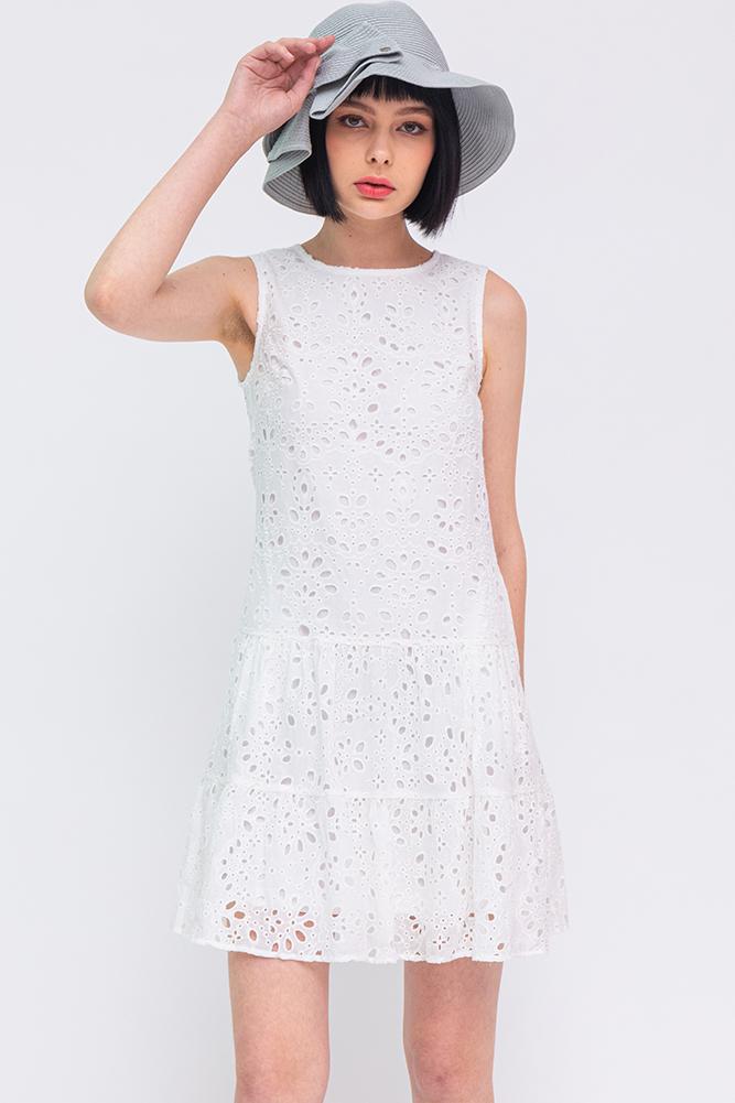 Maia Eyelet Tiered Dress (White)